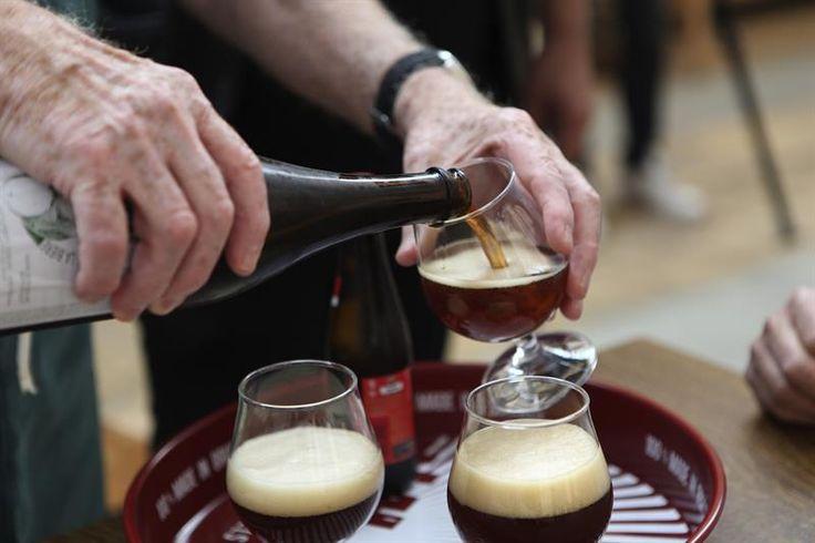 Una cerveza al día reduce el riesgo de muerte prematura - http://www.notiexpresscolor.com/2017/08/20/una-cerveza-al-dia-reduce-el-riesgo-de-muerte-prematura/