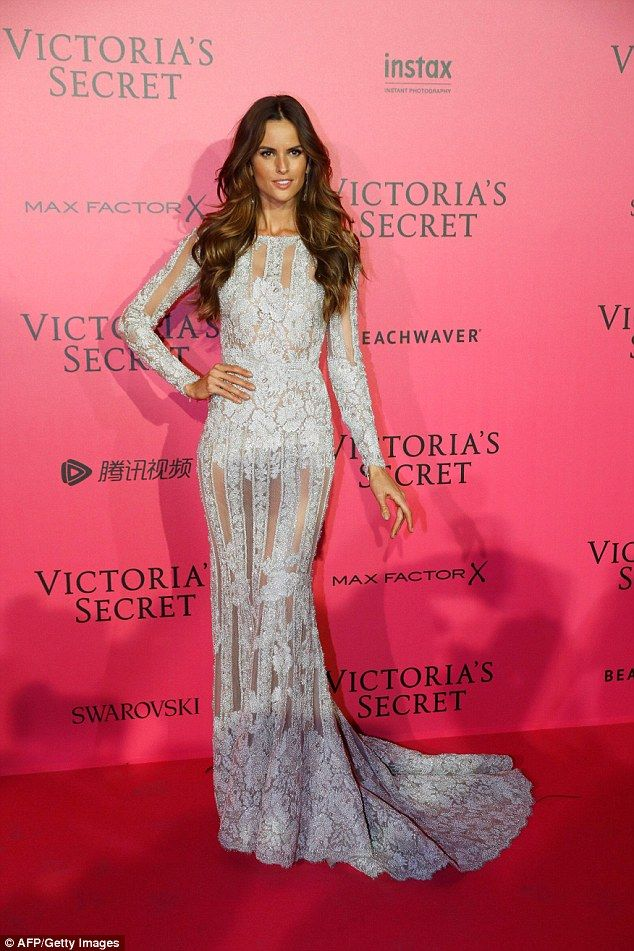 Gorgeous gown: Isabel Goulart was beautiful as ever in a grey lace number, featuring a striking fishtail skirt