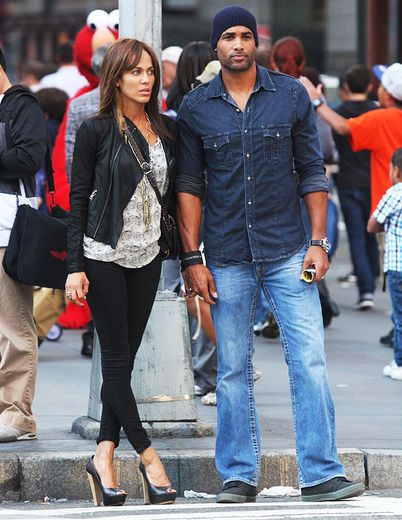 Love On the Go    When it comes to fashion, Nicole and her hot hubby Boris never miss a step.