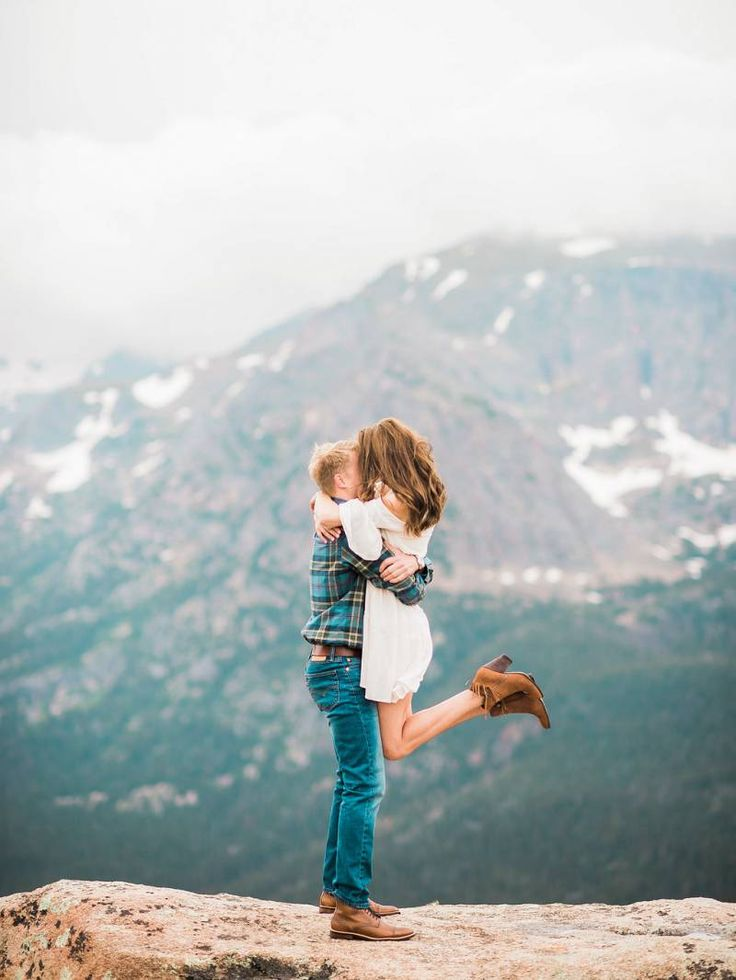 engagement in Rocky Mountain National Park via Magnolia Rouge