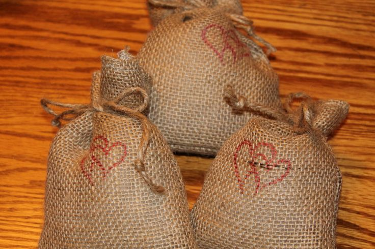 Burlap Treat Bags, Burlap Gift Bags, Heart treat bags, Valentine, Cupid, Set of six Bags, Pink and Red Hearts, Serged Bags, Large Treat Bags by CapesandCostumes on Etsy