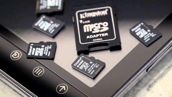 Cuando compramos un smartphone o una cámara digital, nos fijamos en aspectos como la potencia del procesador o la resolución de la pantalla, y alabamos las pequeñas mejoras. ¡Ese procesador tiene dos núcleos más! ¡La pantalla tiene resolución 2K!También nos fijamos en el espacio de almacenamiento, pero no le damos la importancia que se merece.Hoy en día podemos almacenar 200 GB de memoria en el tamaño de una uña. Y...