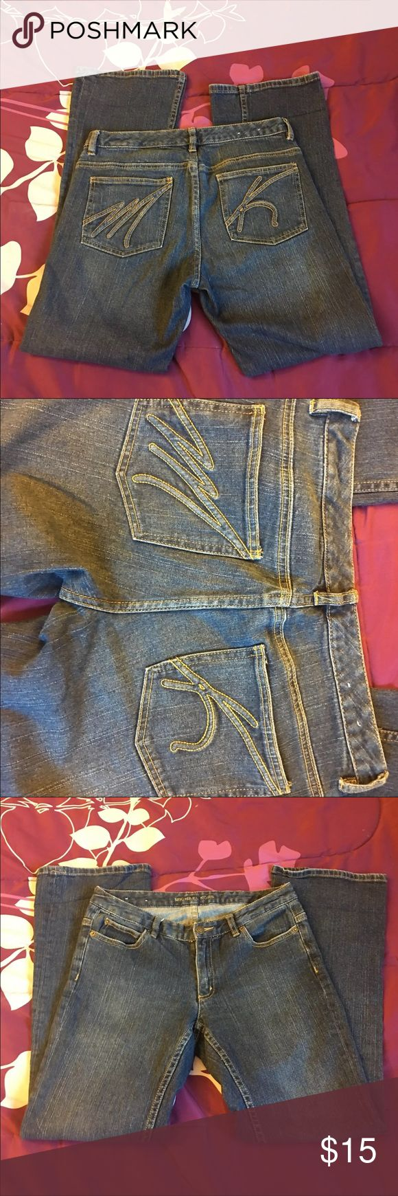 Michael Khors Jeans Size 6 Great looking pair of jeans.  Beautiful back packets. One of the pant legs it's a little twisted when you put them on.  You can easily twisted back.  Size 6 KORS Michael Kors Jeans Boot Cut