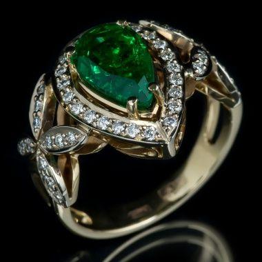 Кольцо с бриллиантами и изумрудом YK2NH 022