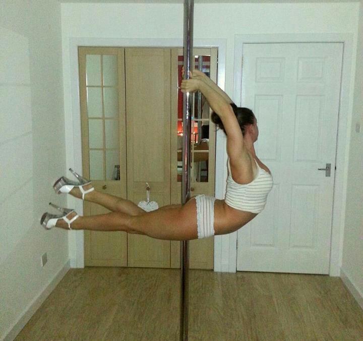 Nicola Hanley #dove #polemove #poledancer #poledancing #polefitness #polelove