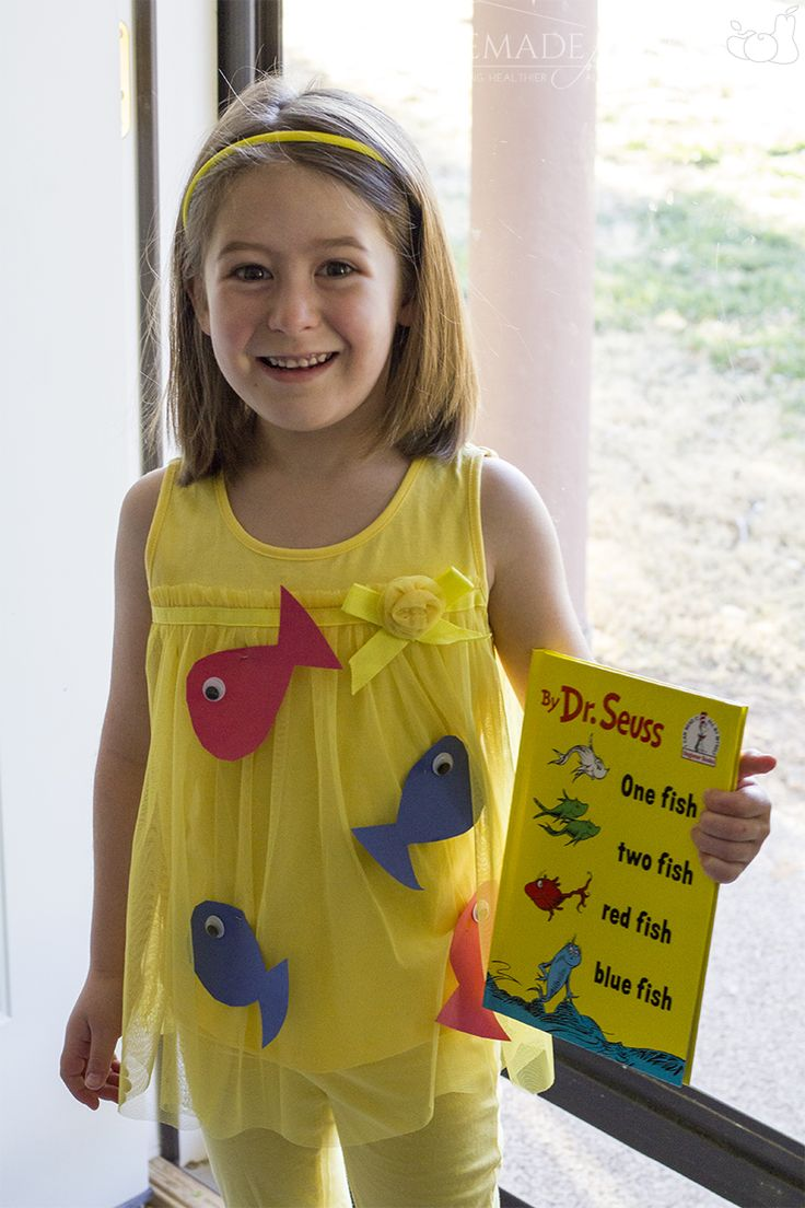 Easy DIY Halloween Costume for Children - Dr Seuss One Fish Two Fish Costume | homemadeforelle.com