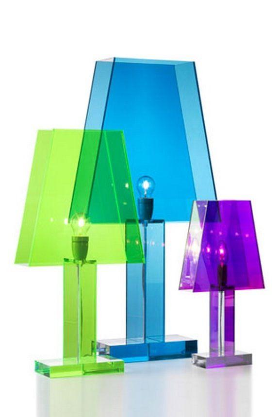 'Siluett' från BSweden. Denna lampan finns i en mängd olika färger.