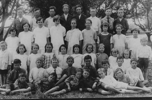 Sunbury State School1924 from Norm Wheeler courtesy of Gail Law