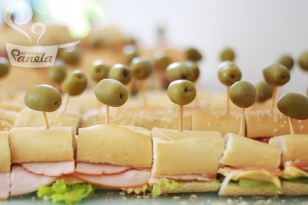 Sanduíche a metro pode ser uma boa. Pernil com abacaxi.