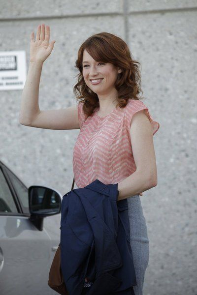 Erin Hannon in The Office has such cute outfits