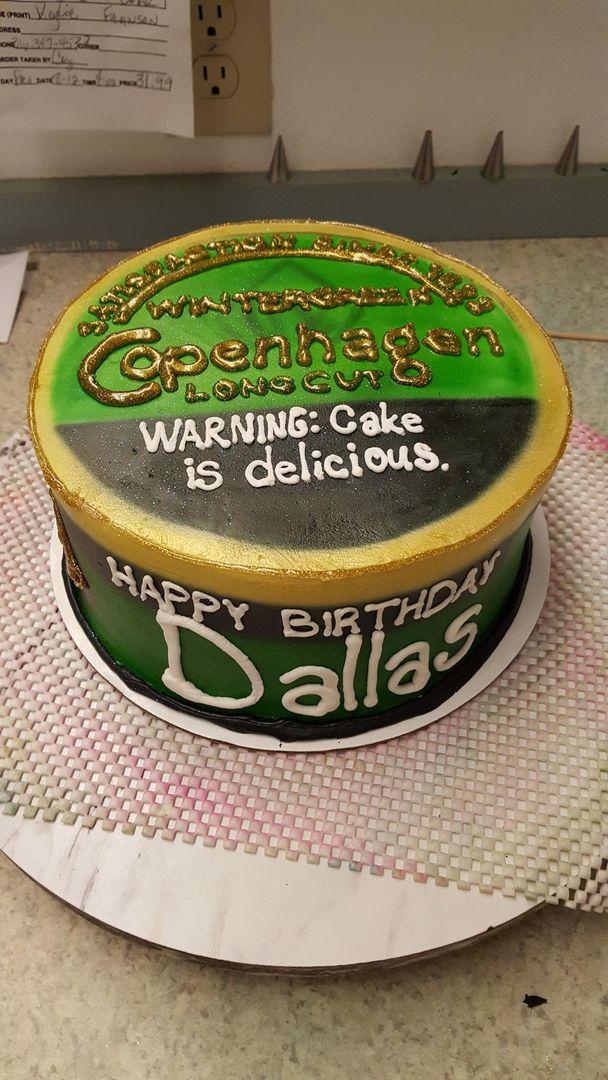 Shaped Copenhagen Wintergreen Birthday Copenhagen Cake Country Birthday Cakes Birthday Cakes For Men