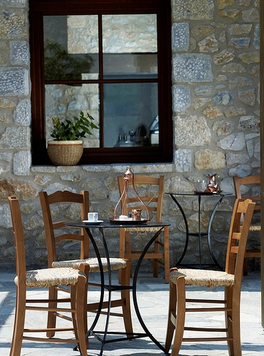 Kafenio & Deli: Reviving the time-honored Greek coffee house #Traditional #Greece #CostaNavarino #Resort #Coffee