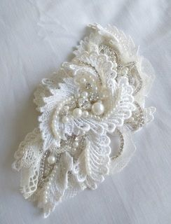 Lace & Pearl Clip Hairpiece