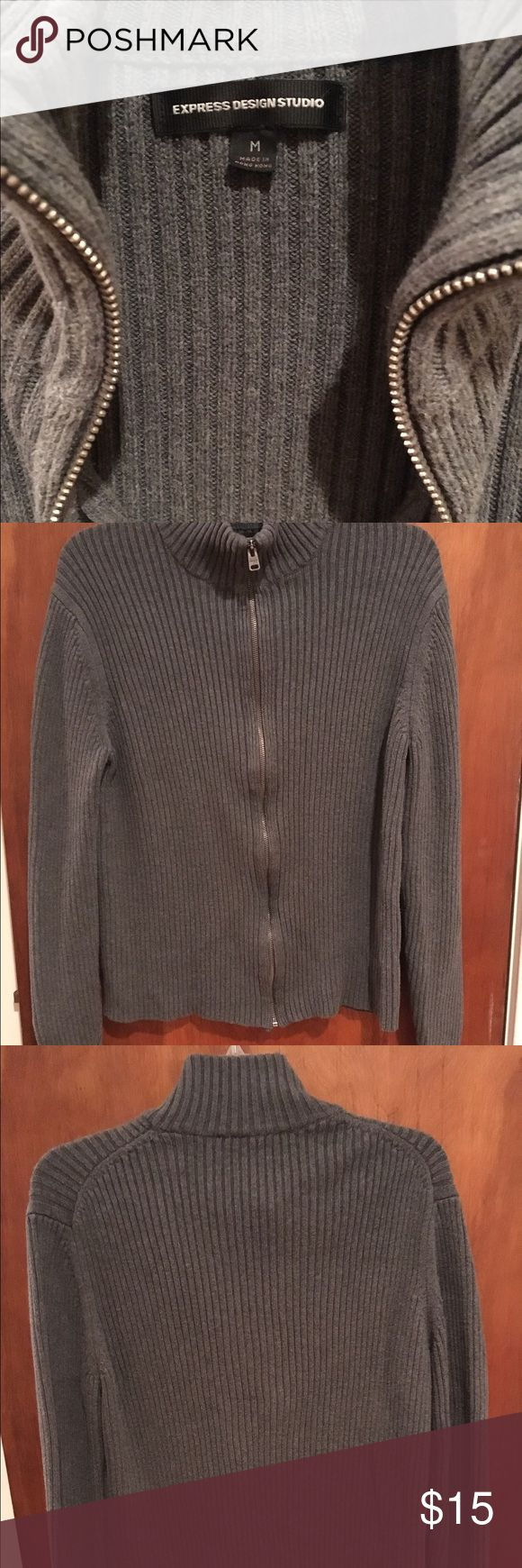 👔Express Men's Zip Cardigan Warm and cozy, good condition. A staple for any casual or professional wardrobe! Express Sweaters