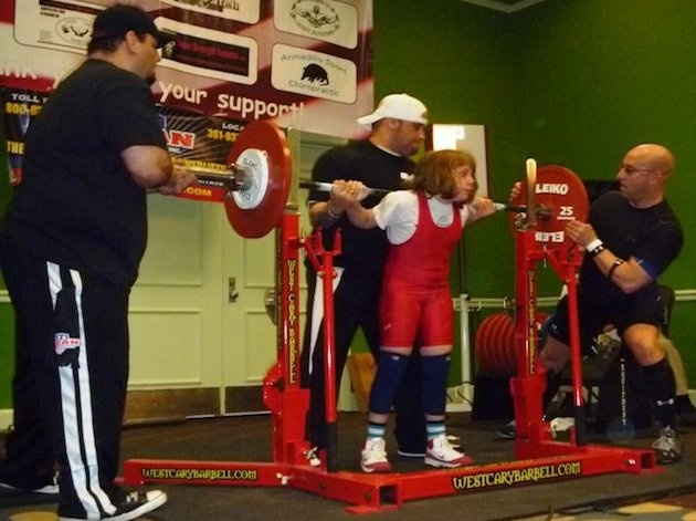 Ten-year-old Naomi Kutin sets women's world powerlifting record for all age groups.