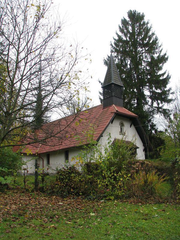 Római katolikus kápolna (Szilvásvárad) http://www.turabazis.hu/latnivalok_ismerteto_5202 #latnivalo #szilvasvarad #turabazis #hungary #magyarorszag #travel #tura #turista #kirandulas