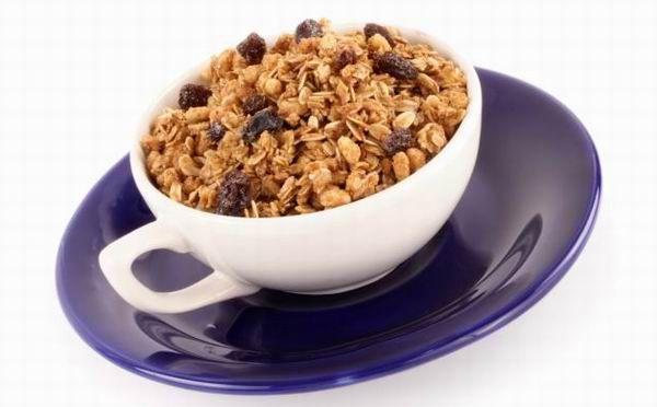 Az egészséges reggelik családjába tartozó granoláról sokáig megfeledkeztek, azonban a hatvanas évek óta egyre növekvő népszerűségnek örvend. A finom, ropogós keverék nem csak reggeli, hanem nassolni való is lehet.