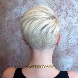 Short undercut. Looks kinda like Miley, maybe? Well I like it anyway. Great start to the undercut look I want.