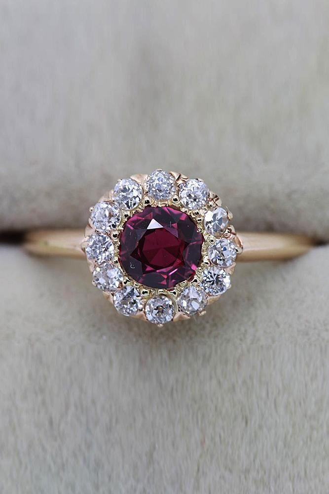 33 bagues de fiançailles rubis aussi grandes que votre coeur