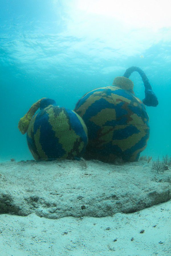 "Olek's ""Time Bomb""  --  Olek is making waves w/ her latest eco-installation ... what do you think? #yarnbomb #crochet: Time Bombs, Street Artists, Projects, Crochet Underwater, Crochet Art, Artists Olek, Yarns Bombs, Underwater Sculpture, Yarnbomb Crochet"