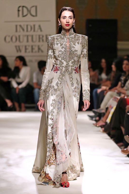 India Couture Week 2016   Anamika Khanna