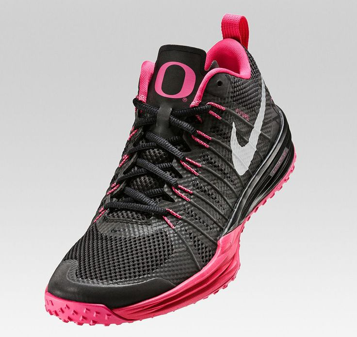 The Oregon Ducks and Nike support Breast Cancer Awareness with a special  Lunar TR1