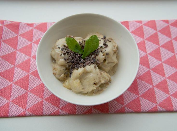 Recept: Gezond ijs van banaan en amandelboter