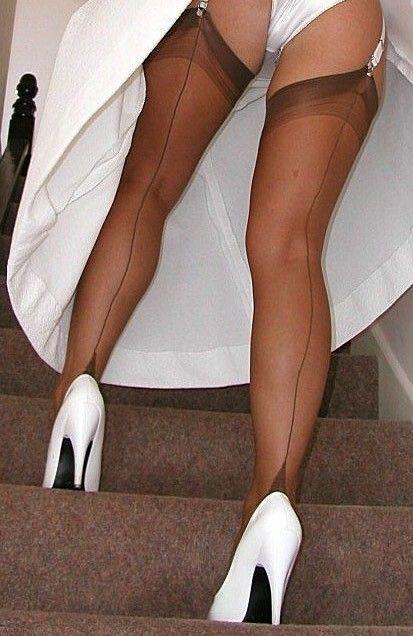 Petticoat junction nylons upskirt