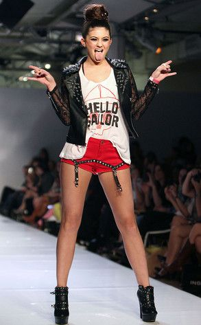 Spring 2013 Kylie Jenner Struts The Runway For Avril Lavigne Show At Fashion Week| E! Online