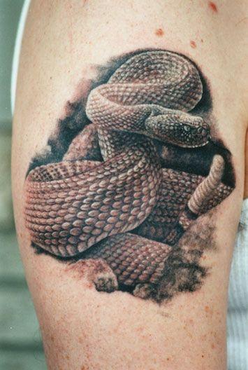 17 best images about tattoos schlangen snakes on pinterest. Black Bedroom Furniture Sets. Home Design Ideas