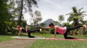 Why Yoga for Pregnant Women Makes Sense | CloudMom #Expecting #BabyWeightTV #Pregnant