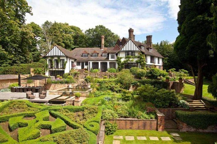 Imagen de la mansión de John Lennon en Surrey, Inglaterra