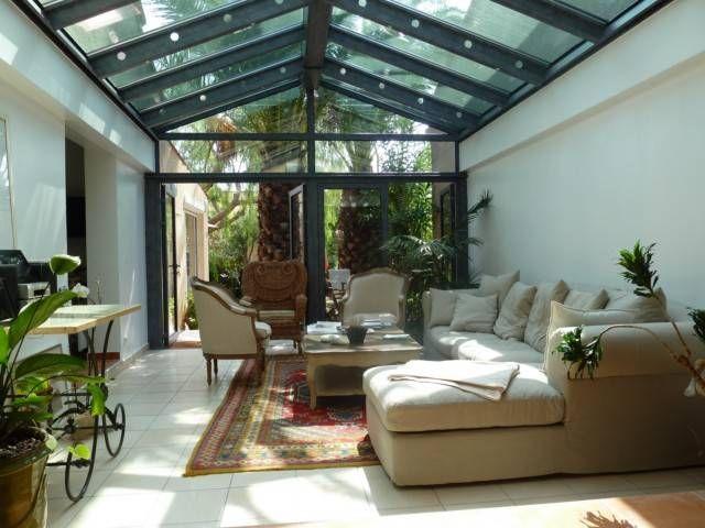 veranda toiture en verre chevrons tubulaire