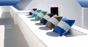 168 best cote sud est ouest paris images on pinterest homes puglia italy a - Tissus bleu turquoise ...