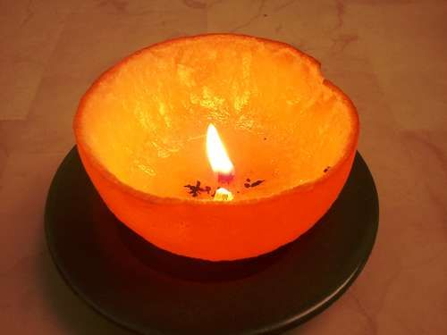 Convert an Orange Into a Candle with a Little Kitchen Oil