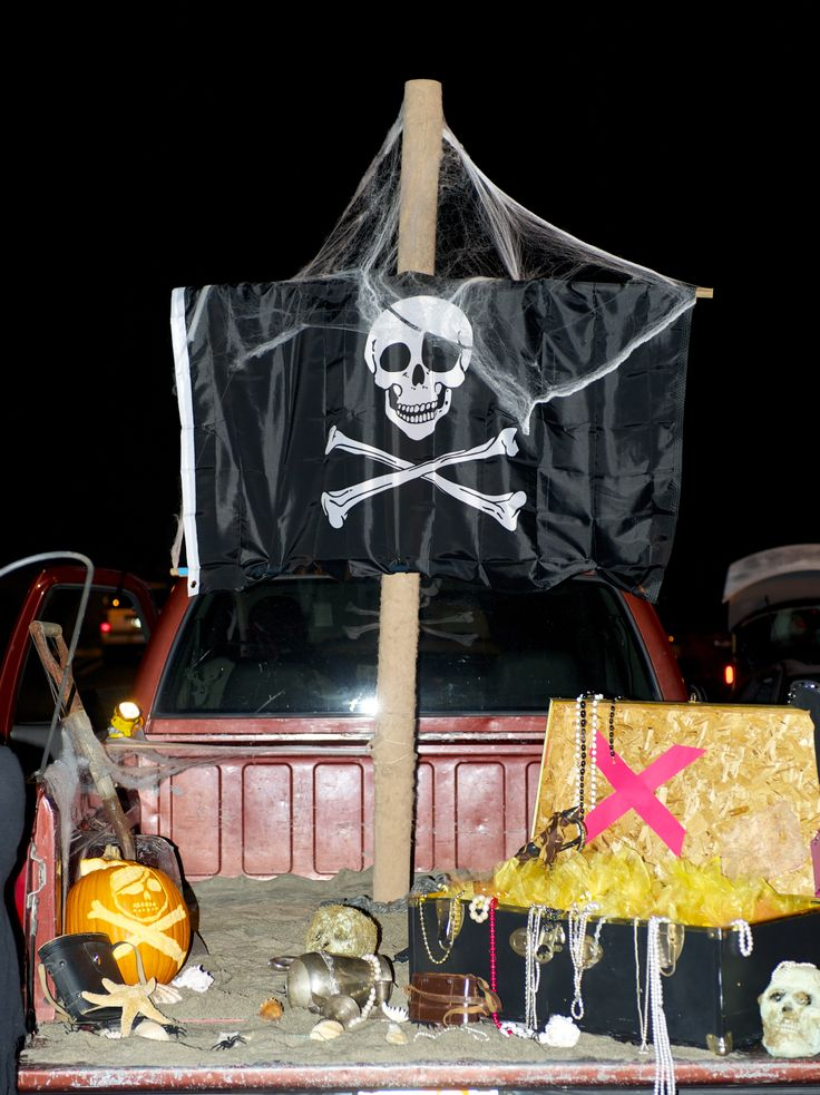 17 best images about trunk or treat on pinterest pirates pool noodles and diy cardboard