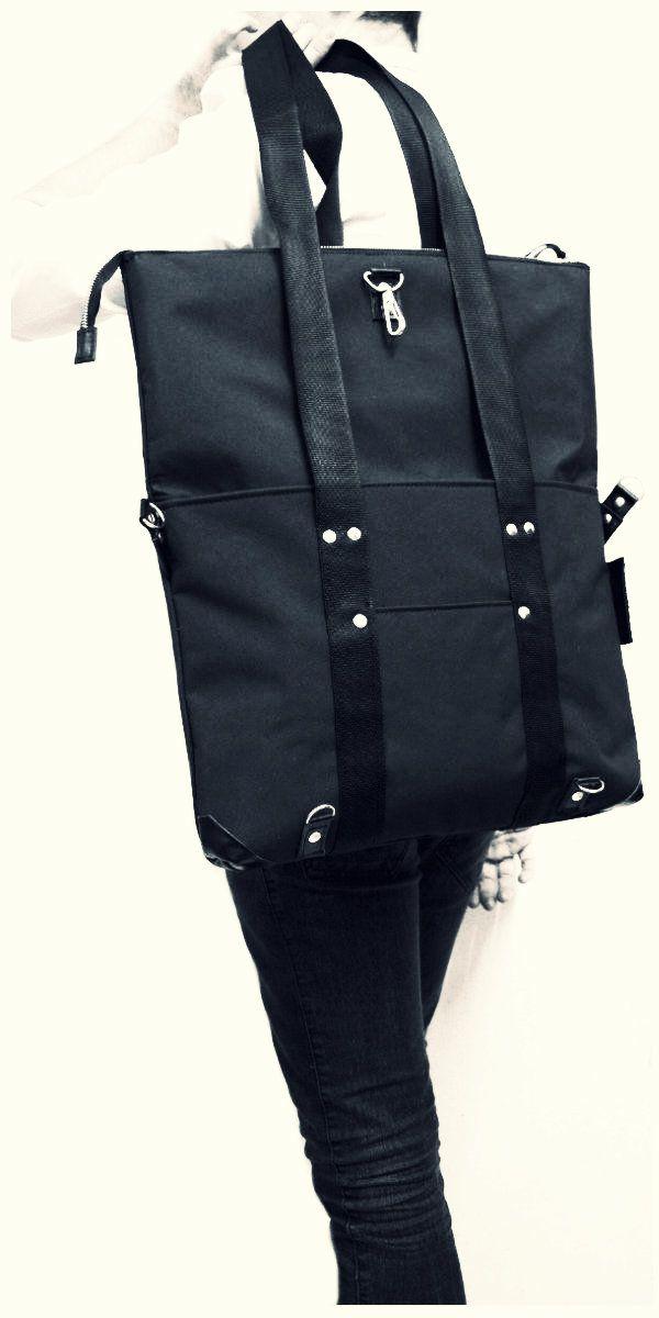 Bolso Morral De Tela Impermeable Y Cuero Genuino Formato A3.  Waerproof leather and genuine leather A3 format handbag and messenger bag.
