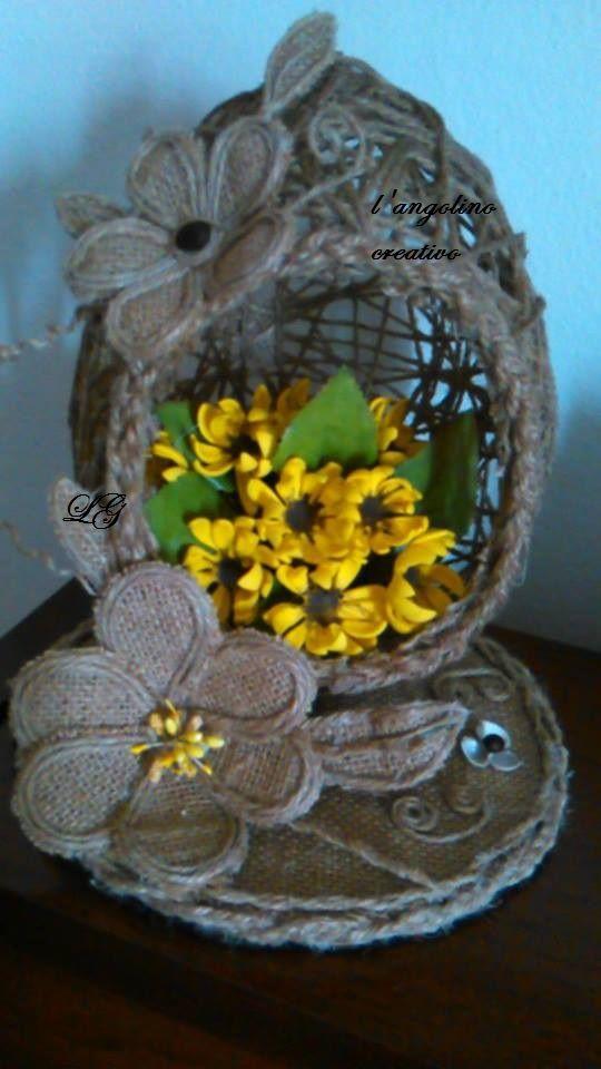 lavorazione con juta e fiori in gomma crepla