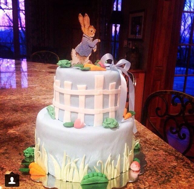 Peter Rabbit picket fence cake!