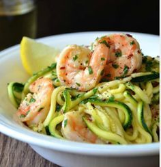 Skinny Shrimp Scampi with Zucchini Noodles  21 day fix approved twist on Pasta R…