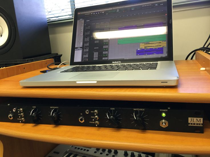 MacBook Pro late 2011. JLM Audio kit built pre amp. Right channel based of a Neve. The left channel is  based off an API.
