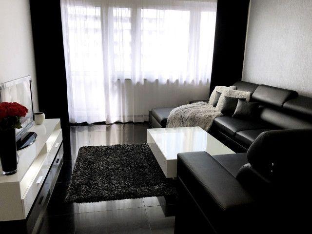Mieszkanie 1 Pokojowe O Powierzchni 40 M2 Z Osobna Kuchnia Na 10 Pietrze W Bloku Z Plyty Z Winda Home Home Decor Decor