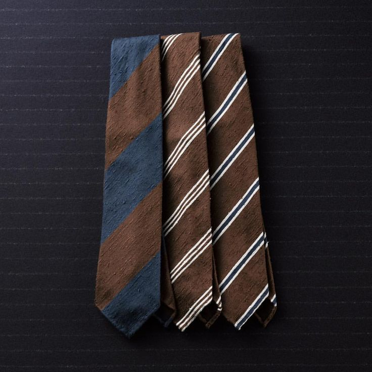 Latest News ➡️ We present 3 different striped shantung ties online for A/W16 —————————————– Worldwide shipping at www.violamilano.com #violamilano #handmade #madeinitaly #luxury #sartorial #timeless #elegance #details #style