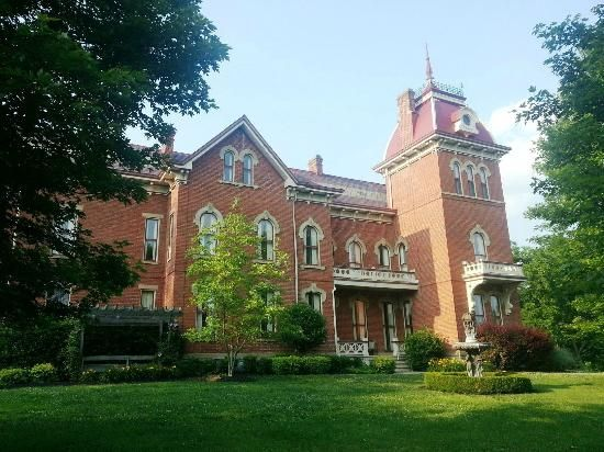 Schenck Mansion Bed And Breakfast Vevay Indiana