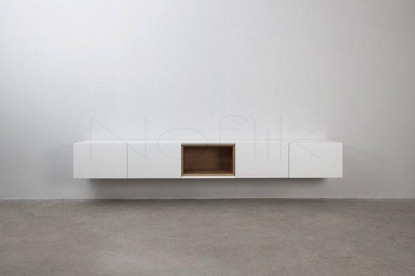 Prachtig wit wandmeubel met houten uitneembare box