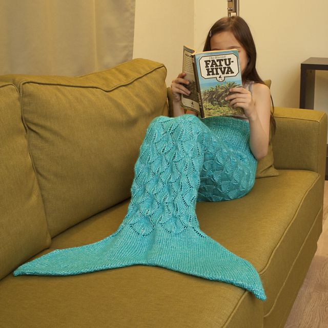 Make a fun and warm mermaid tail lapghan for your little ones aged 2-8 years with this easy-to-follow knitting pattern.