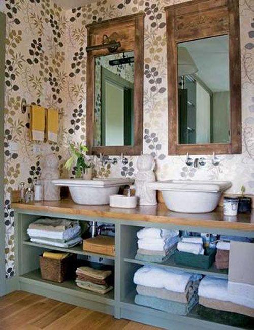 Baño con dos espejos