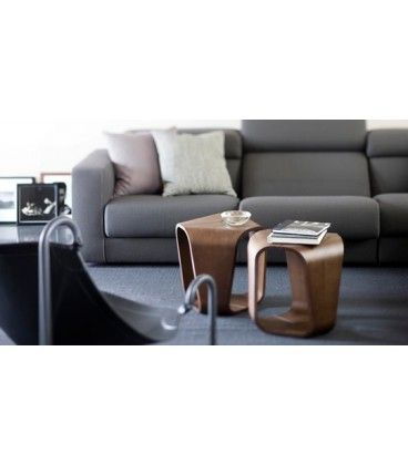 We love curves! Buy ‪#‎Infinity‬ coffee table at outlet price, 25% discounted at ‪#‎italian‬ ‪#‎design‬ ‪#‎outlet‬ €579,20 Tavolino Infinity Busnelli