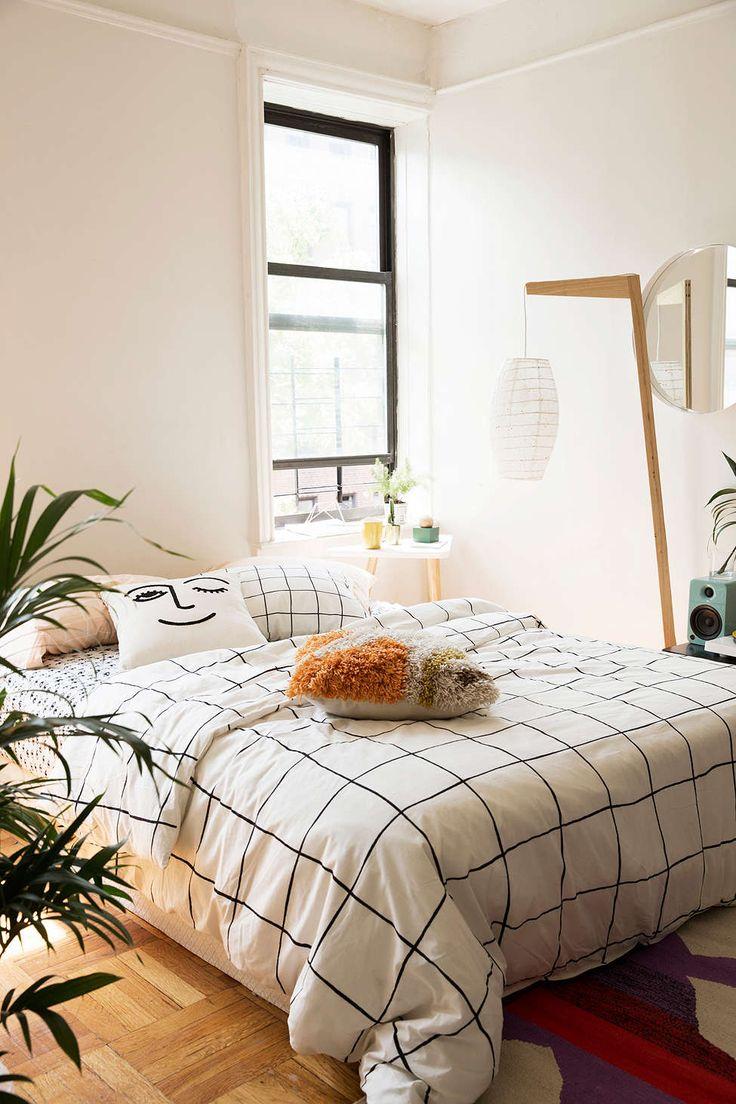 1000 Images About Bedroom On Pinterest Master Bedrooms Duvet
