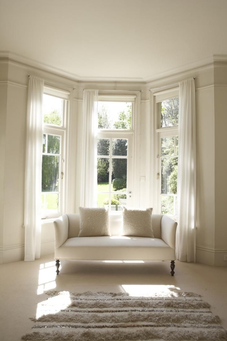 Large Corner Sofa In Small Living Room Decor For Apartments Best 25+ Bay Window Curtains Ideas On Pinterest | ...